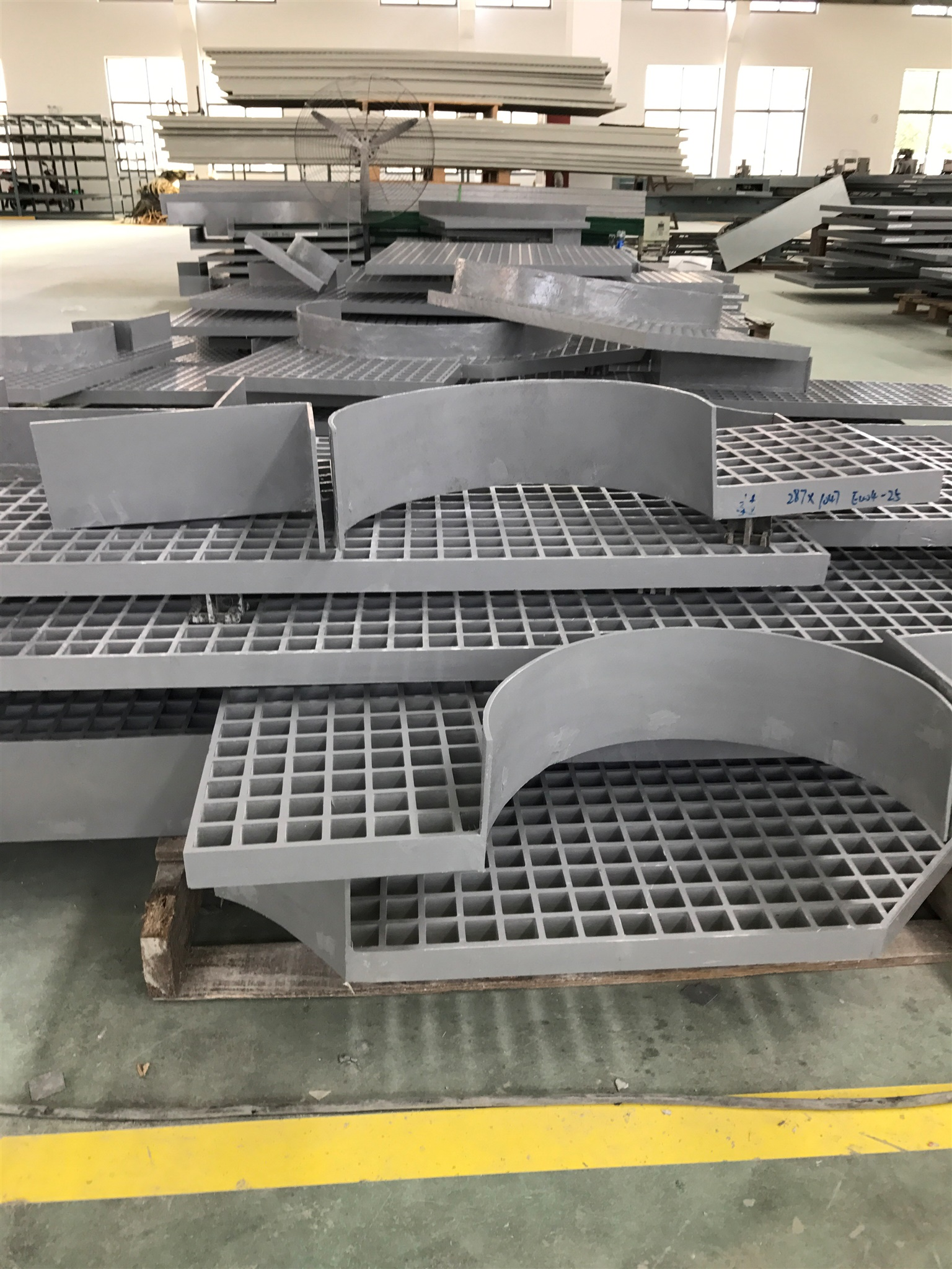 FRP GRATING(TOE PLATE).jpg